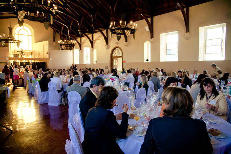 With 30 foot vaulted ceilings, the Great Hall is a spectacular venue.